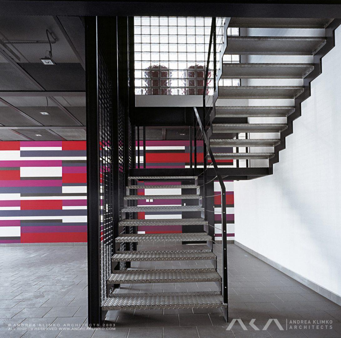 ANDREA-KLIMKO-ARCHITECTS-STAVMAT-HALL-EXTERIOR-001