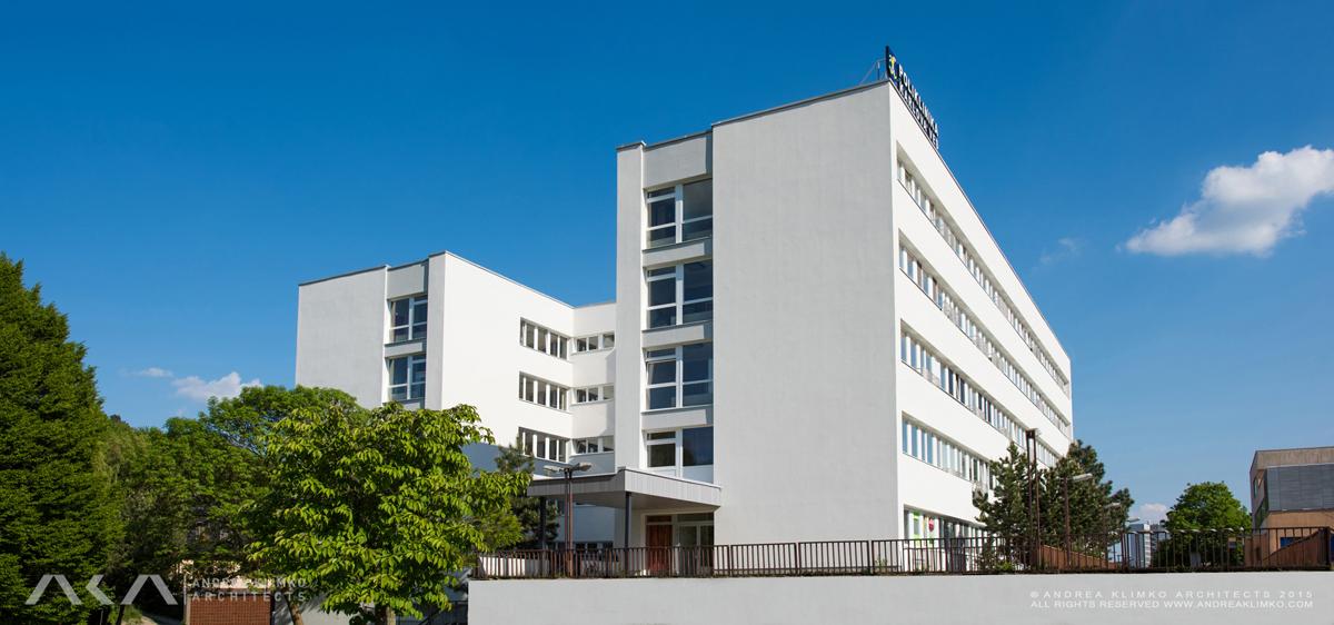 ANDREA_KLIMKO_ARCHITECTS_HEALTHCARE_CENTER